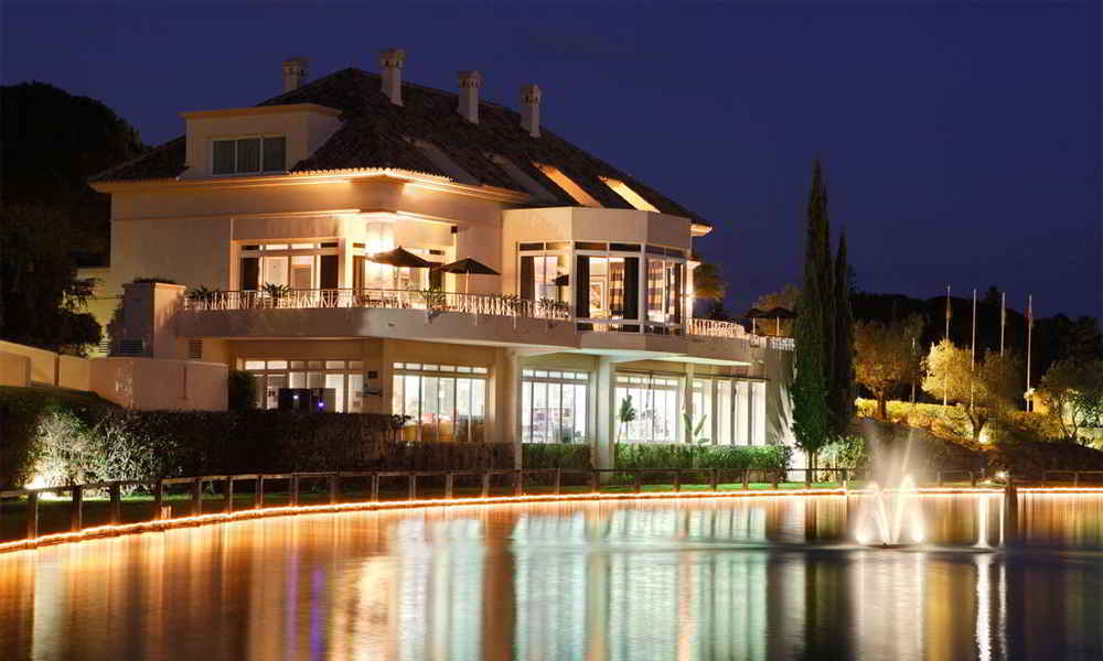Michelin stars restaurants in Marbella - El Lago Restaurant