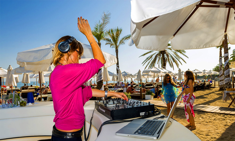 Marbella adult holiday destination - beach clubs