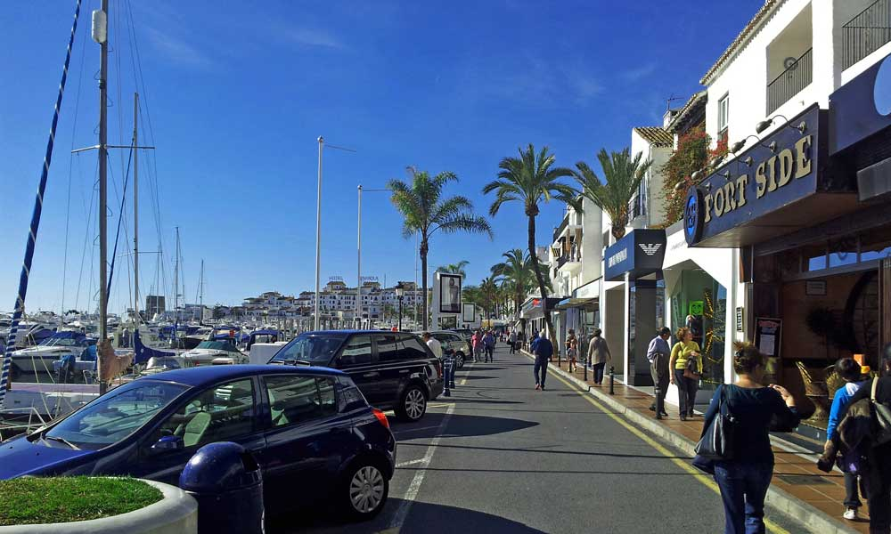 Puerto Banus strolling around