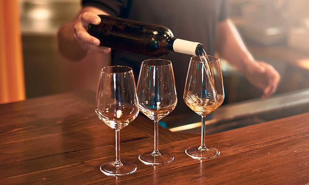 wine bars Marbella