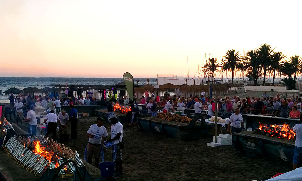 things to see and do in Marbella - Savour traditional fish on the beach