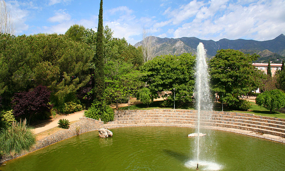 things to see and do in Marbella - Visit the riverside park in the centre of Marbella