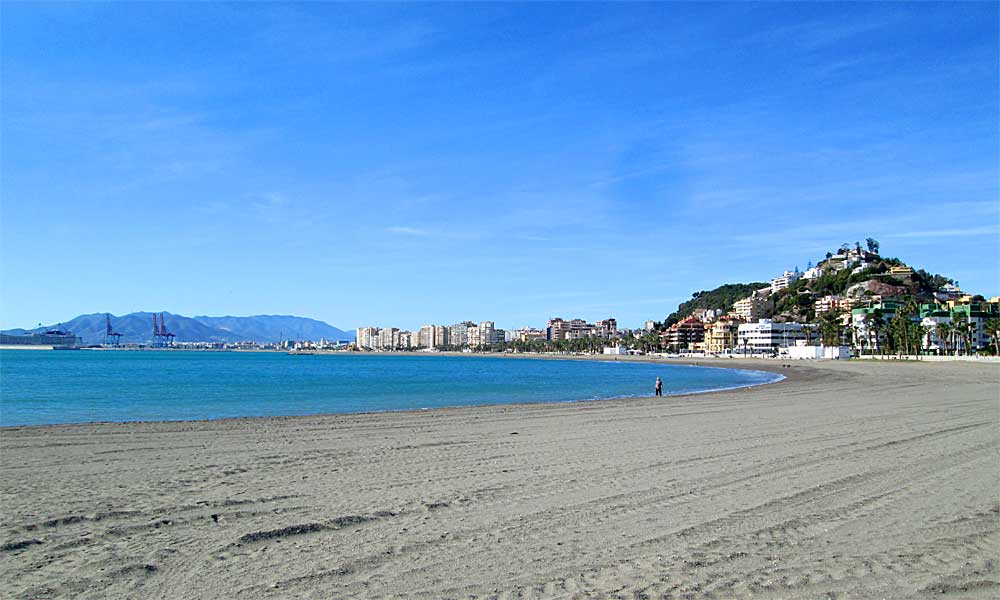 Malaga's 10 best blue flag beaches - La Caleta Beach