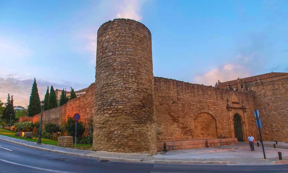 Ronda day trip from Marbella - Ronda city walls