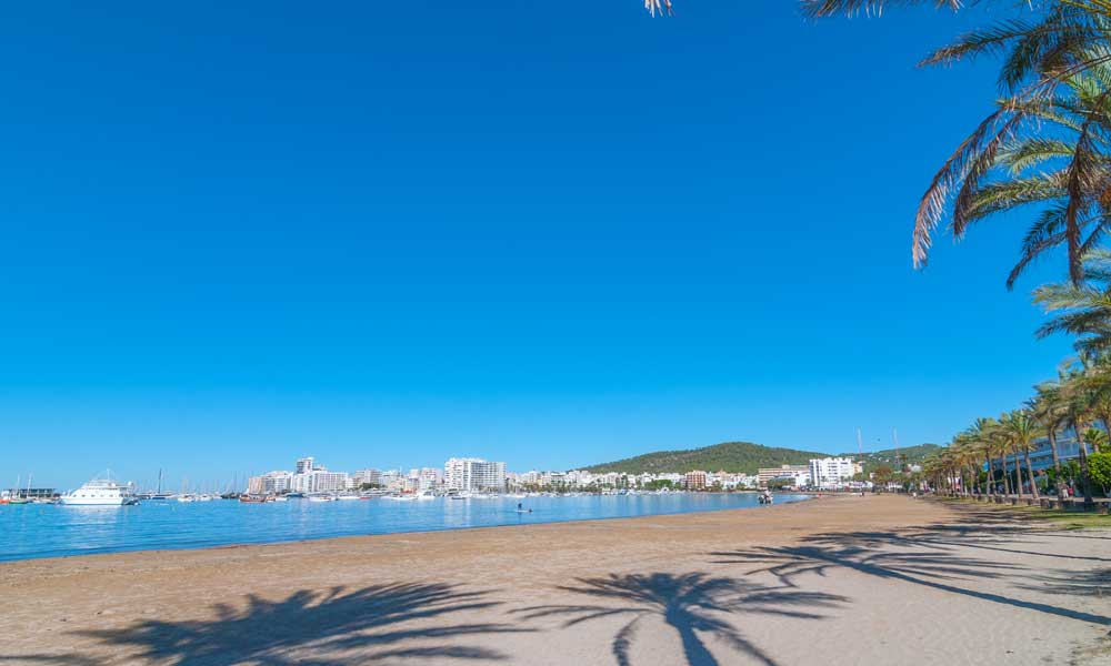 things to see and do in San Antonio, Ibiza - S'Arenal beach