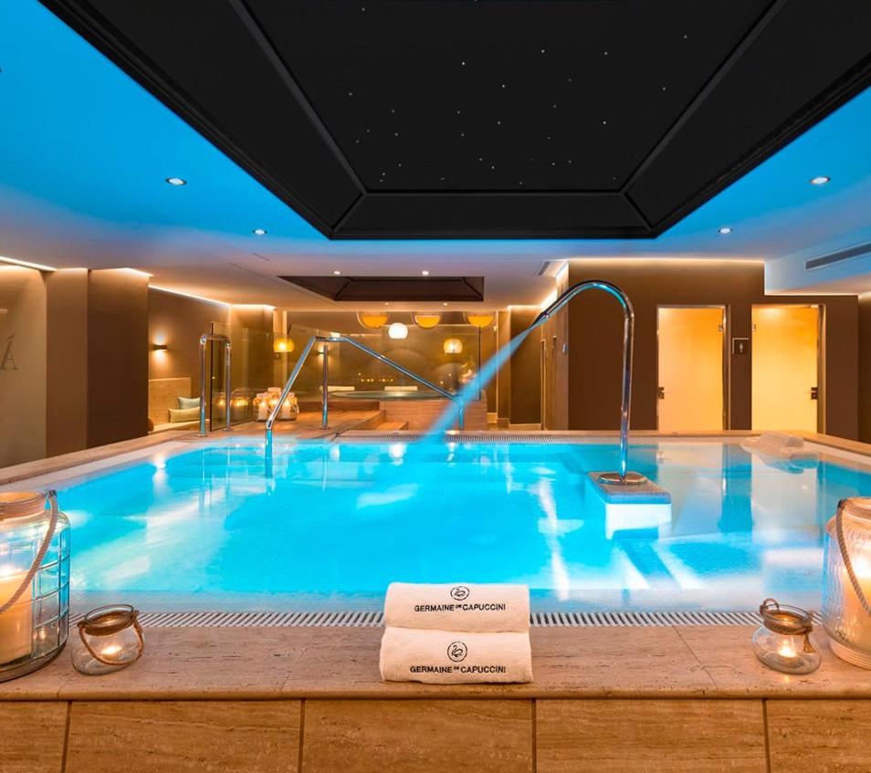 amare-spa-pool